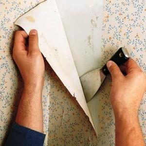 Как снять бумажные обои?