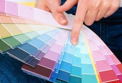 Как сочетать обои разных цветов?
